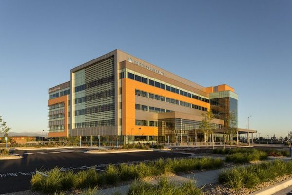 Cumming provided construction project and cost management services for the Kaiser Permanente building in Lone Tree